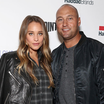 Derek Jeter Reportedly Paid For A Fan's Dinner After The Guy Complimented His Wife