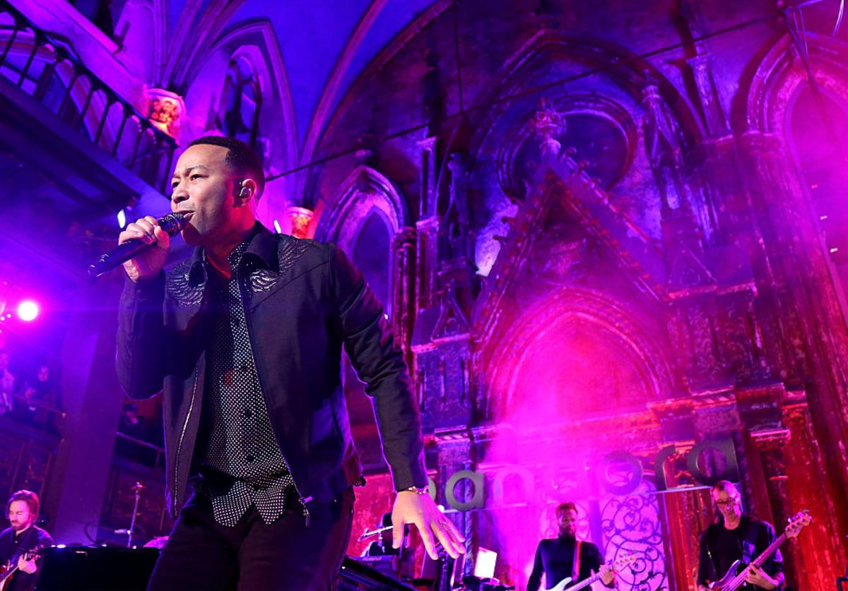 John Legend performs onstage at Pandora Presents: John Legend on December 8, 2016 in New York City.