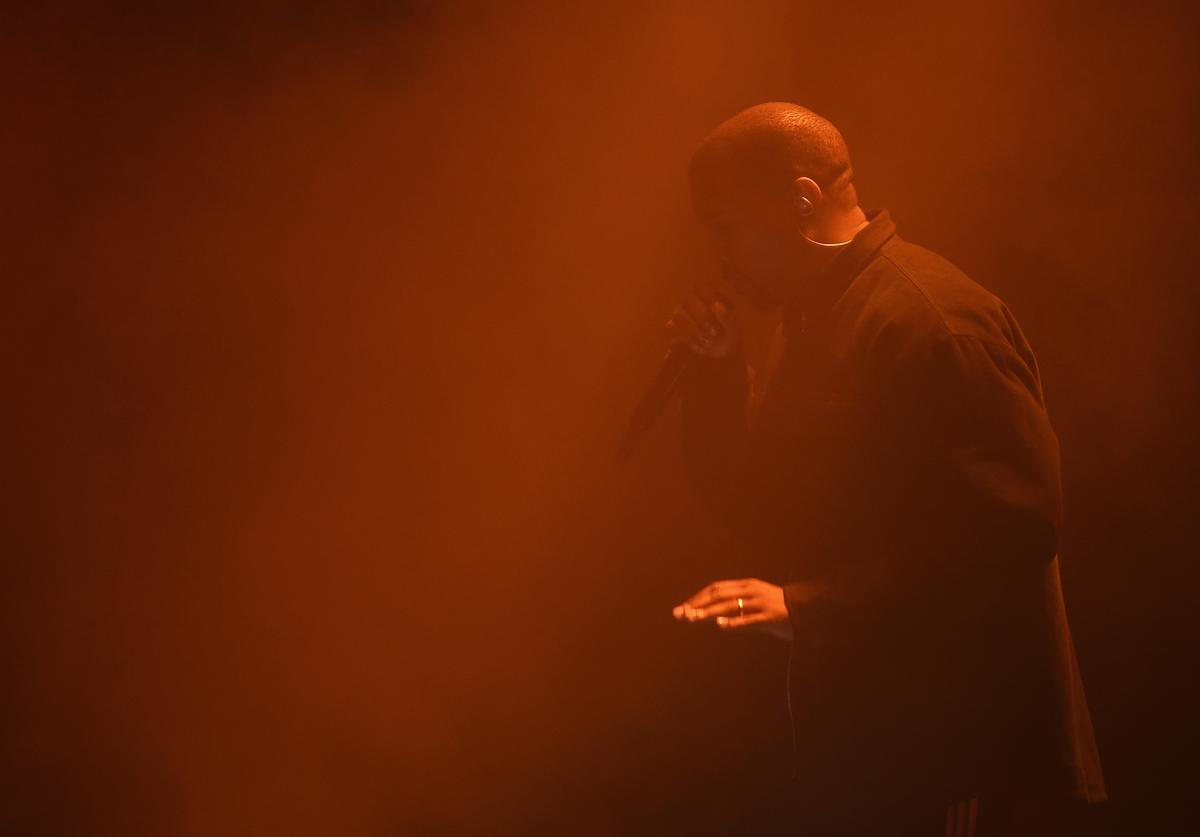 Kanye West performing for Harper's Baazar Icon event.