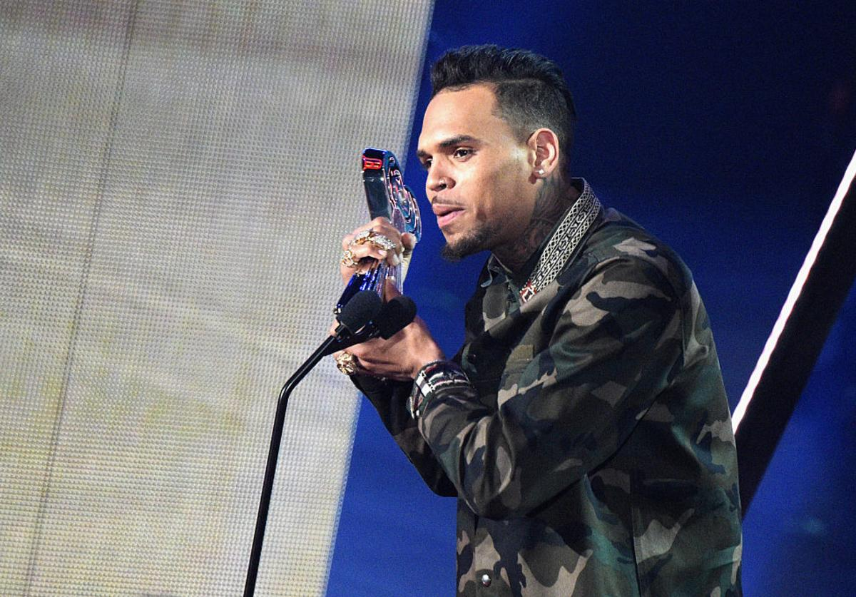 Chris Brown accepts the award for 'Best R&B Artist of the Year,' onstage at the iHeartRadio Music Awards which broadcasted live on TBS, TNT, AND TRUTV from The Forum on April 3, 2016 in Inglewood, California.