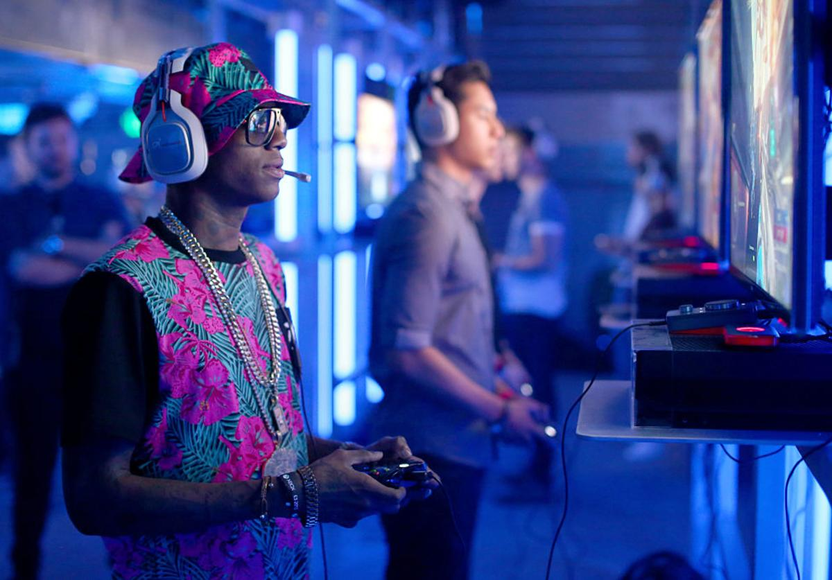 Soulja Boy attends the XBox One E3 Showcase Party at The Majestic Downtown on June 15, 2015 in Los Angeles, California.