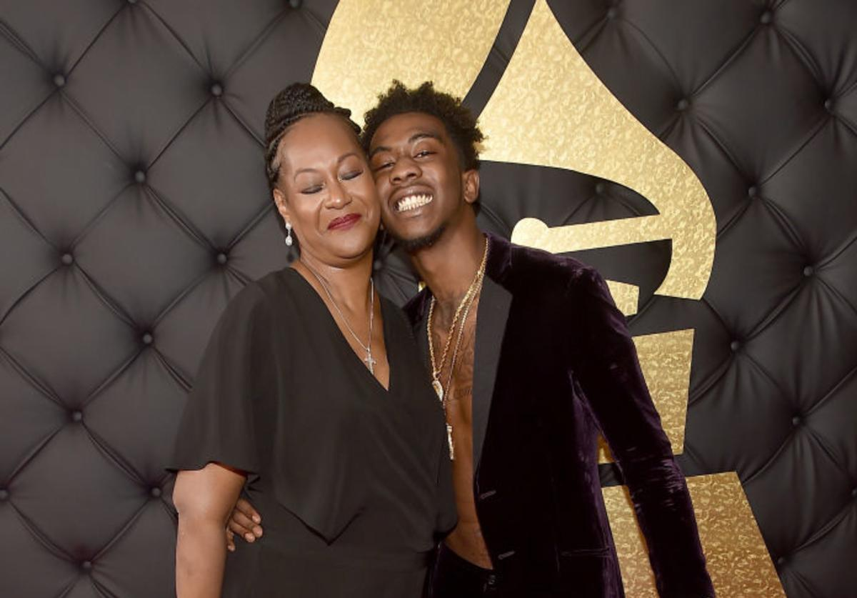 Rapper Desiigner (R) and mother attend The 59th GRAMMY Awards at STAPLES Center on February 12, 2017 in Los Angeles, California.