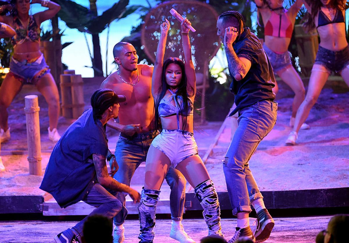 Nicki Minaj performs onstage during the 2016 American Music Awards at Microsoft Theater on November 20, 2016 in Los Angeles, California.