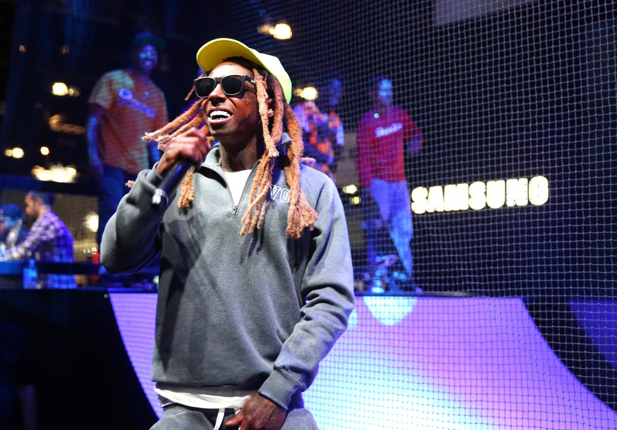 Lil Wayne performs onstage at the Samsung booth at E3 Expo 2016