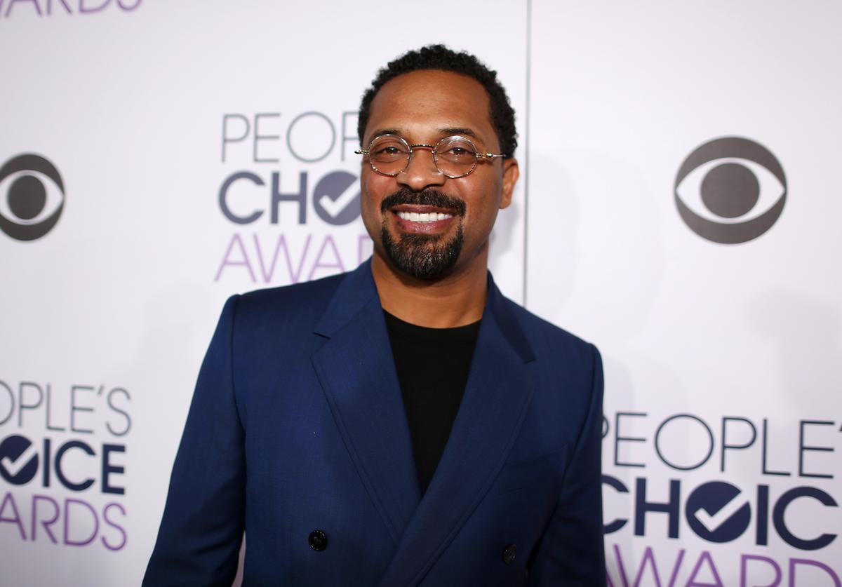Comedian Mike Epps attends the People's Choice Awards 2016 at Microsoft Theater on January 6, 2016 in Los Angeles, California