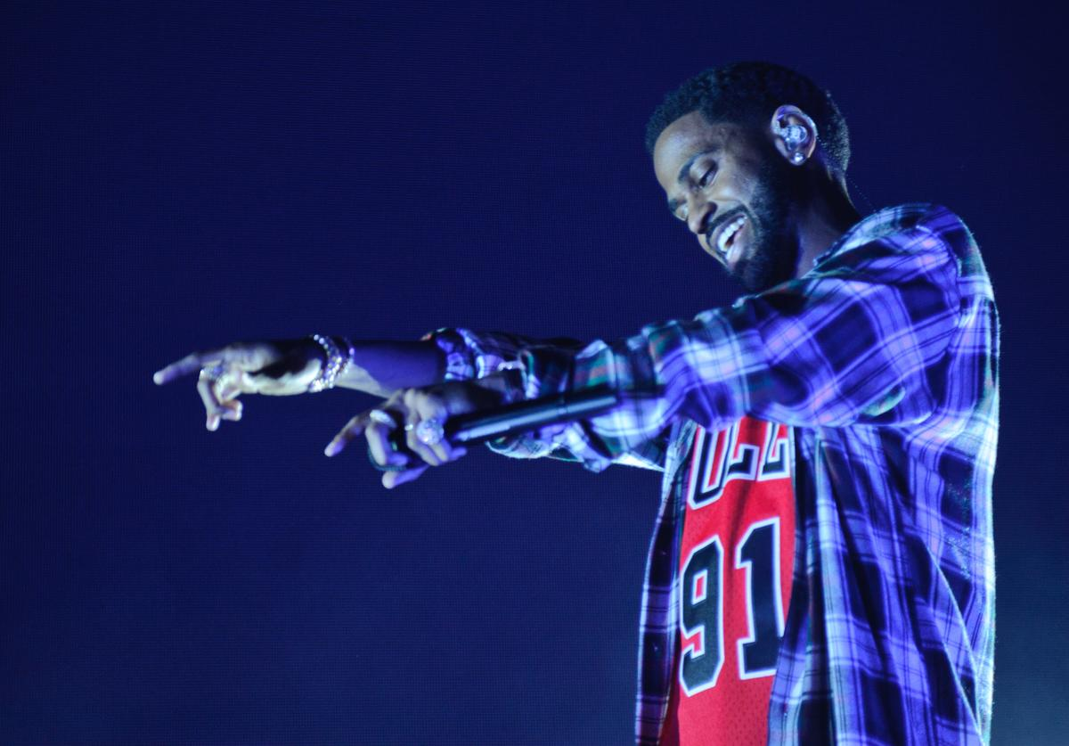 Big Sean performs at MetroPCS Presents Sounds Of Chicago, Powered By Pandora on October 18, 2017 in Chicago, Illinois