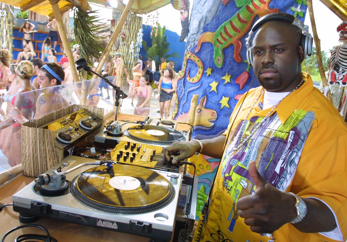 Funk Master Flex during 'Carmen Electra's Dance Party' during MTV's Spring Break 2001 in Cancun, Mexico, which airs March 23-25.