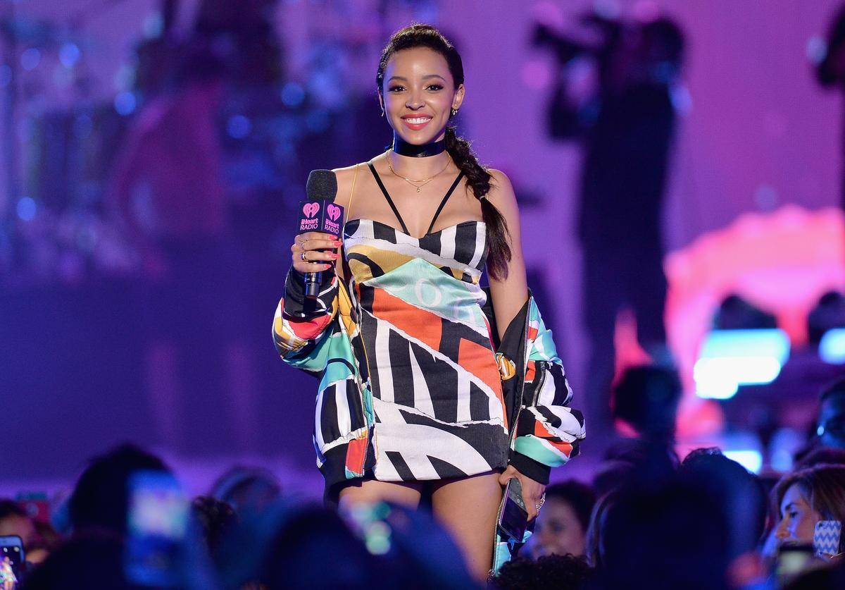 Tinashe performs on stage during 2016 iHeartRadio Summer Pool Party at Fountainbleau Miami Beach on May 21, 2016 in Miami Beach, Florida