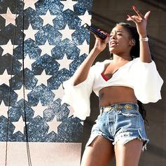 """Azealia Banks Drops Off House-Inspired """"Movin' On Up"""""""