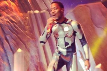 Kid Cudi Shoves A Fan Offstage While Wearing A Spacesuit