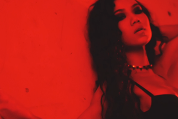 "Jhene Aiko ""Wading"" Video"