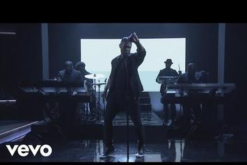 """Usher Performs """"Crash"""" On The Tonight Show"""