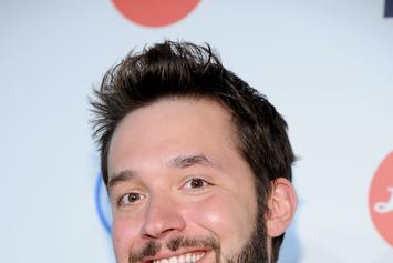 """Alexis Ohanian Crowned The World's """"Luckiest Nerd"""" Upon Engagement To Serena Williams"""