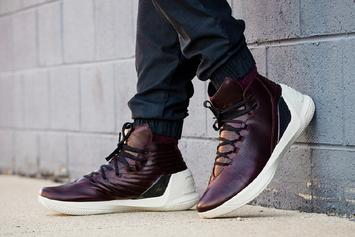"""Twitter Roasts Stephen Curry's """"Oxblood"""" Under Armour Curry 3s"""