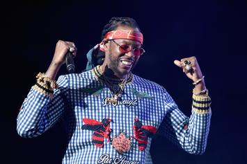 "2 Chainz Breaks Leg, Continues Tour In Pink ""Trap"" Wheelchair"