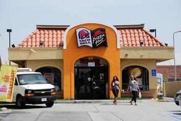 KFC & Taco Bell Sign $200 Million Deal With Grubhub