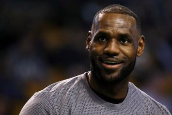 Lebron James Breaks Michael Jordan's 867-Game Scoring Record