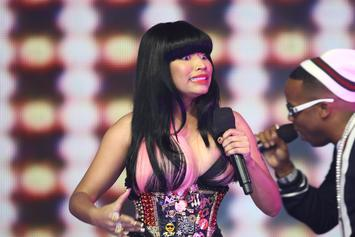 "Nicki Minaj Put On Blast By Forbes Writer Saying She ""Reeks Of Desperation"""