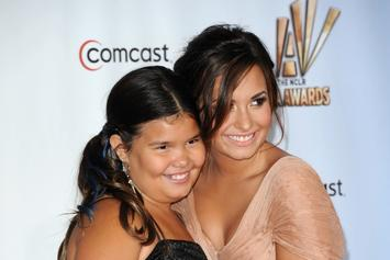 "Demi Lovato's Sister Shares Sweet Message On Singer's Birthday: ""I Am So Thankful"""