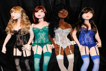 "Mom Achieves ""Sex Doll"" Look After Major Plastic Surgery: ""New Lease Of Life"""