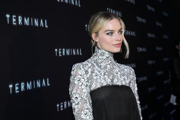 """Margot Robbie Negotiating A Starring Role In Upcoming """"Barbie"""" Movie"""