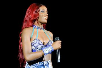 """Azealia Banks Responds To """"Crooked Teeth"""" Insults: Perfect For """"D*ck Sucking"""""""
