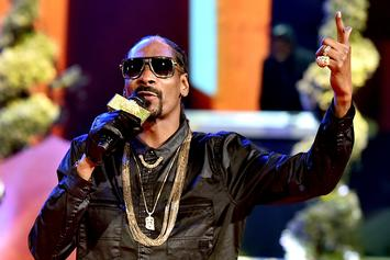 "Snoop Dogg Says Bhad Bhabie Is ""Gangsta"" For Throwing Water At Iggy Azalea"