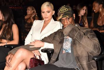 Pornhub Comments On Travis Scott & Kylie Jenner Pic & We're All Confused