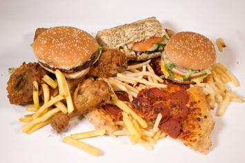 Junk Food Advertisers Are Disproportionally Targeting Black And Hispanic Kids: Report