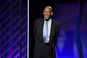 Kareem Abdul-Jabbar Says Anthony Davis Should Have Handled Things Differently