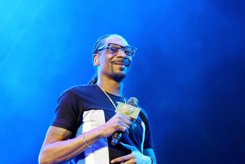 """Snoop Dogg Clowns Jussie Smollet With """"On The Run"""" Meme"""