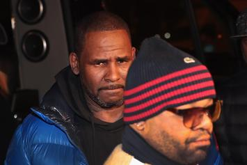 R. Kelly Turns Himself Into Chicago Police