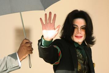 Michael Jackson Accuser Tried To Anonymously Auction Off Memorabilia: Report