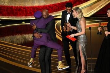 Samuel L. Jackson Announces New York Knicks Victory To Spike Lee During Oscars