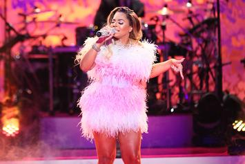 "Watch Ashanti Pay Tribute To Biggie: ""I'm A Rapper At Heart"""