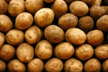Woman Caught Urinating On Walmart Potatoes Turns Herself In