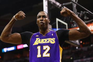 Lakers' Dwight Howard Shows Off Hops During Dunk Off At Venice Beach