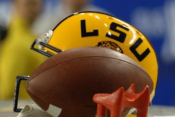 Viral Football Player Decoldest Crawford Commits To LSU, Twitter Erupts