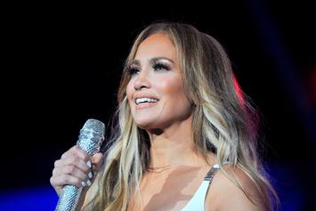 "Jennifer Lopez Hopes Super Bowl Performance Will Bring ""Everybody Together"""