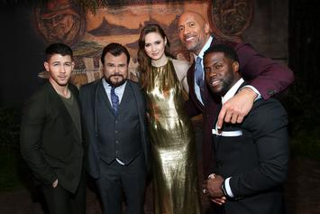"""Kevin Hart Gets Dissed By """"Jumanji"""" Castmates At Thanksgiving Dinner"""