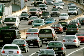A Massive 63 Car Pile-up Shuts Down Interstate Highway In Virginia