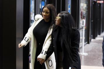 R. Kelly's GFs Azriel Clary & Joycelyn Savage's Fist Fight: Full Video Surfaces
