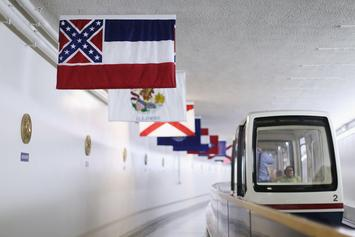 Mississippi To Remove Confederate Insignia From State Flag