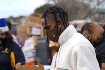 Travis Scott Hosts Cactus Jack Foundation Holiday Drive, Gives Toys To 2,000 Kids